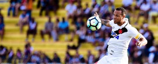 Luís Fabiano opera joelho e fica afastado por cerca de seis semanas