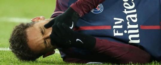 Cirurgia ou tratamento conservador: o que está em jogo no futuro de Neymar?